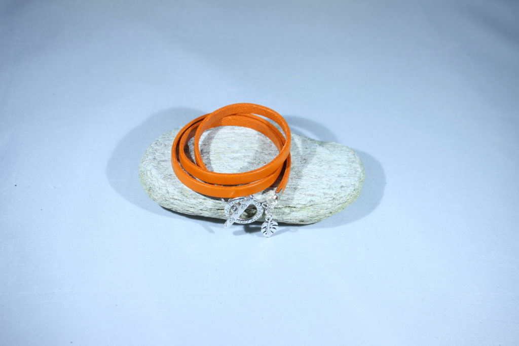 bracelet cuir 3 tours orange bijoux saperlicoquette. Black Bedroom Furniture Sets. Home Design Ideas